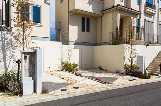 自宅の駐車スペース、ポイントは「安全性重視」